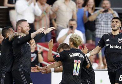 Nije mu prvi put: Rooney zabio gol sa svoje polovice igrališta