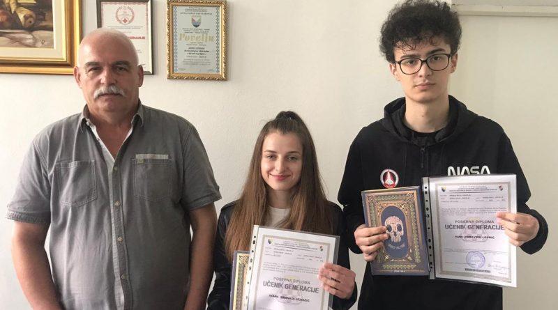 """Dodjela diploma učenicima generacije Srednje škole """"Uskoplje"""" za školsku 2019/20 godinu"""