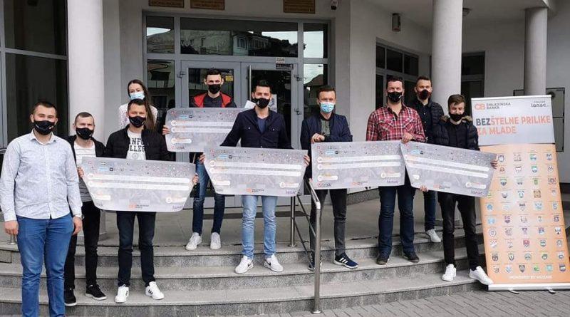 U Gornjem Vakufu – Uskoplju potpisani ugovori između Fondacije Mozaik i neformalnih grupa